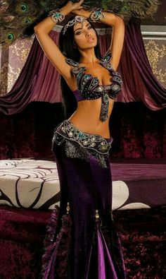 New belly dancing costumes ideas Belly Dancer Costumes, Belly Dancers, Dance Costumes, Belly Dance Outfit, Tribal Belly Dance, Dance Outfits, Dance Dresses, Dancing Outfit, Mode Chanel