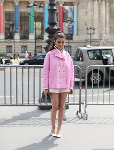 #NataliaAlaverdian all pretty in pink in Paris. #LeeOliveira