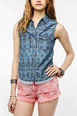 Ecote Frayed Hem Sleeveless Chambray Shirt