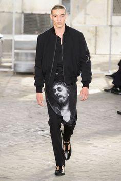 Givenchy SpringSummer 2016 Collection - Paris Fashion Week - DerriusPierreCom (6)