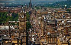 Эдинбург | АнглияДом | Яндекс Дзен Train Tour, By Train, Edinburgh Sights, Edinburgh Scotland, Shopping Street, European Destination, Travel News, Travel Tourism, Short Trip