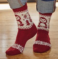 Ravelry: Paul the Penguin Socks pattern by Mone Dräger Knit Mittens, Knitting Socks, Hand Knitting, Knitting Patterns, Knit Socks, Christmas Stocking Pattern, Christmas Knitting, Cute Socks, My Socks