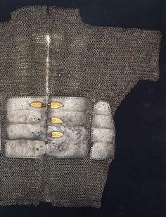 Ottoman armour, 15th century. photo Ottoman_mail_and_plate_armour_15th-.jpg