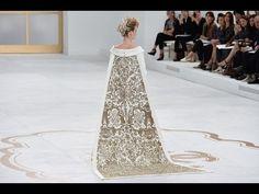 awesome  #2014 #2015 #chanel #couture #fall #fashion #grand #haute #hd #palais #paris #show #winter CHANEL Fall Winter 2014 2015 Haute Couture Paris Fashion Show Grand Palais HD http://www.grovefashion.com/chanel-fall-winter-2014-2015-haute-couture-paris-fashion-show-grand-palais-hd/