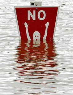 Funny sign: NO SWIMMING! :D http://cute-spot.com <3