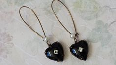 Hey, I found this really awesome Etsy listing at https://www.etsy.com/listing/490216197/black-vintage-heart-earrings-crystal