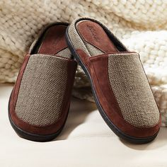 The cushioning support of TEMPUR sized for the best, bounce-back slippers you'll find.