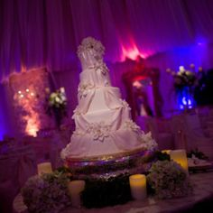 Wedding cake: love the draping effect