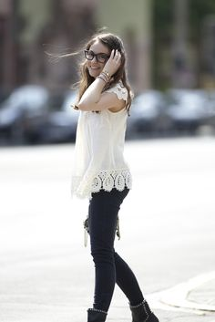 Love this look! Lace and Jeans or Pearls and jeans. Either way...smart choice.