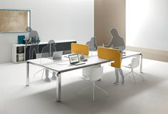 Thanks to the Movable screen by Martex, in the same day your workplace can be transformed from a shared space, for sharing ideas, to a separated workstation for individual work.
