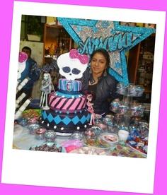 CAKE AND CUPCAKE MONSTER HIGH