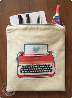 marysza, cosy, typewriter, machine, writting. turquoise, art, journal, sewing, handmade, pocket, travel,  marysza. handmade goods made with love: Art Journal Stuff Cosy!