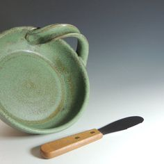 Pottery Brie Baker / Ceramic Brie Baker with Spreader / Dip Dish in Green Granite Glaze / Wheel Thrown Pottery in Stoneware Clay
