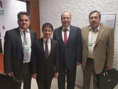 <p>Chihuahua, Chih.- El gobernador César Duarte Jáquez sostuvo una reunión de trabajo en la Ciudad de México, con secretario federal