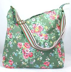 Kirsty Flower Bunch Print Slouchy Crossbody Bag in Vintage  - UK STORE