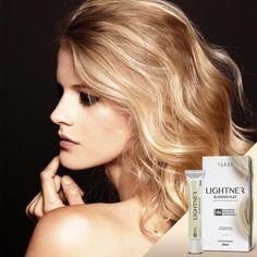 Que loira nunca sofreu com o processo de descoloração? Foi por isso que Lightner desenvolveu o Lightner Blonder Plex, um produto revolucionário! Sua ação é como um SÉRUM PROTETOR, não um descolorante ou outro tipo de tratamento. Lightner Blonder Plex deve ser utilizado na mistura da água oxigenada e do pó descolorante, ou seja, ele cuida da saúde do seu cabelo durante o processo de descoloração deixando os fios até 4X mais fortes e resistentes. Conheça mais sobre o nosso produto…
