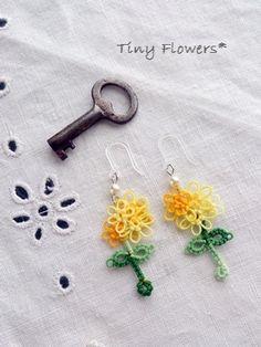 ちいさなお花のピアス |Tiny Flowers* にゃんことてしごと ~猫とタティングレース~