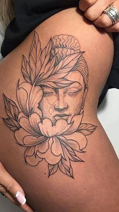 Side Tattoos 51076 The most beautiful tattoos to cover her hips # hip # thigh # leg # beauty # aufeminin # buddha # buddha Thigh Piece Tattoos, Side Hip Tattoos, Sleeve Tattoos For Women, Bum Tattoo Women, Side Thigh Tattoos Women, Side Leg Tattoo, Back Of Thigh Tattoo, Dragon Thigh Tattoo, Back Piece Tattoo