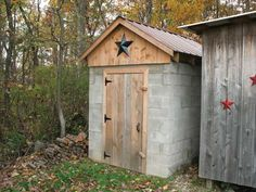 How to Build a Smokehouse Out of Cement Blocks - Farm and Garden - GRIT Magazine - Diy Pizza Oven Diy Smoker, Homemade Smoker, Smoke House Plans, Smokehouse, Building A Shed, Concrete Blocks, Outdoor Projects, Outdoor Ideas, Diy Projects