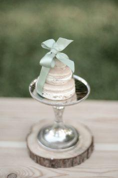 """macaron """"cake"""" / via style me pretty"""