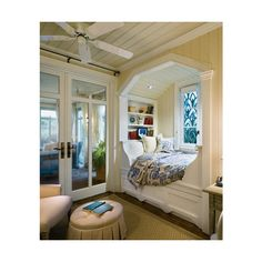 Don't let the space near your window unused. Instead, turn the space into a comfy window seat. Here we listed window seat ideas to help you create one Interior Room, Kitchen Interior, Kitchen Design, Interior Windows, Dream House Interior, Interior Painting, Bakery Design, Bathroom Interior, Future House