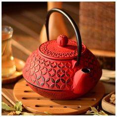 Taşev döküm çaydanlıklarla çay saatlerinize renk katın #filconcept #çaykeyfi #çaysaati #teatime #çaydanlık #taşev