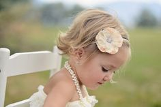 Love this little girl's haircut - perhaps for Ellie someday... - hair-sublime.com
