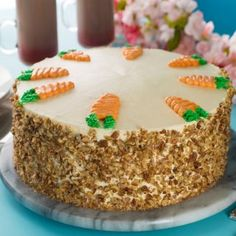 Carrot Cake with Cream Cheese Bitumen - Recetas - Pastel de Tortilla Cake Cookies, Cupcake Cakes, Cupcakes, Carrot Cake Decoration, Food Carving, Cake With Cream Cheese, Cake Designs, Carrots, Cake Decorating