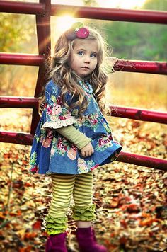 Love the striped leggins with boots! please let my baby girl look like this someday! Fashion Kids, Little Girl Fashion, My Little Girl, My Baby Girl, Look Fashion, Nail Fashion, Cute Kids, Cute Babies, Girl Outfits