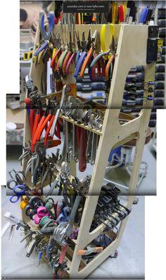 Building Adam Savage's tool cart...screencap reference.