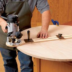 Woodworking 101 Easy-Adjust Router Trammel Woodworking Plan from WOOD Magazine - Cut perfect circles from to in diameter with this shop-made accessory. Featured in WOOD Issue October 2005 Router Jig, Router Woodworking, Woodworking Techniques, Woodworking Projects, Router Table Plans, Wood Jig, Plunge Router, Router Projects, Wood Store