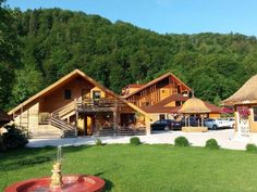 Romania, Glamping, Places To Go, House Styles, Amazing, Trips, Link, Home Decor, Ideas