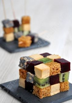 Happiness 208010076520698292 - Rubik's cube au foie gras Labeyrie Plus Source by Dessert Party, Snacks Für Party, Foie Gras, Köstliche Desserts, Sweets Recipes, Raw Food Recipes, Good Food, Yummy Food, Food Platters