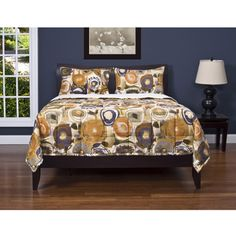 @Overstock - This vibrant quilted comforter includes two matching shams. 100-percent polyester, the maze comforter set is machine washable.http://www.overstock.com/Bedding-Bath/Enchanted-Maze-3-piece-Comforter-Set/7154529/product.html?CID=214117 $139.99
