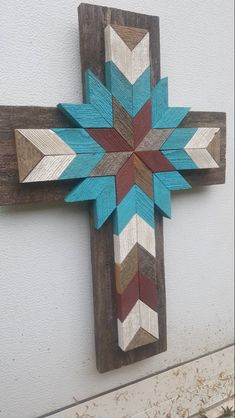 This stunning western style turquoise ivory barn red distressed wood wall cross … - Modern Wood Pallet Art, Wood Pallets, Wood Art, Pallet Cross, Distressed Wood Wall, Weathered Wood, Cedar Wood, Red Cedar, Wooden Crosses