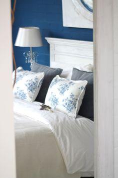 bedroom in white & blue by Karoline B. Interior Design www.facebook.com/karolinebdesign