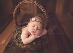 Inspiring Image of the Week   featuring Memories by Chantelle on LearnShootInspire.com #newborn #photography