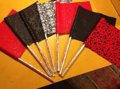 Color Guard Pencil Flags- Could be used as a cute little fundraiser. Color Guard Tips, Colour Guard, Color Guard Flags, Marching Band Problems, Flute Problems, Marching Band Humor, Band Mom, Band Nerd, Band Jokes