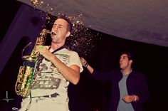 Anthony Saxo y Berny Anut durante su actuación en Actúa Málaga.