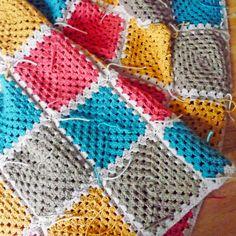 Make a granny square blanket