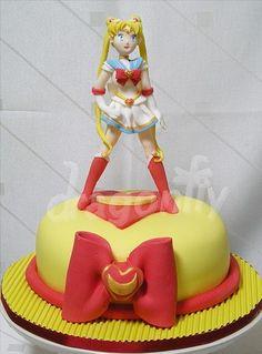 Sailor Moon Cake FTW!!
