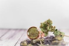 Pistachio copper ring with real dried leaf. Free от FriendMeBijou