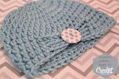 Ravelry: Scrunched Newborn Beanie pattern by Charlotte Dean Crochet Cap, Crochet Baby Hats, Crochet Beanie, Love Crochet, Crochet For Kids, Easy Crochet, Baby Knitting, Crochet Headbands, Newborn Crochet