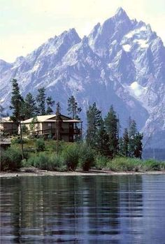Signal Mountain Lodge | Moran Wyoming | Grand Teton national Park | National Park Reservations