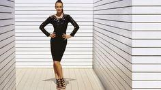 Luce elegante, luce sexy, luce juvenil con este hermoso vestido negro de Joseph Ribkoff.