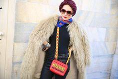 Street look à la Fashion Week de Milan automne-hiver 2014-2015, Jour 4 http://www.vogue.fr/defiles/street-looks/diaporama/fashion-week-milan-les-street-looks-automne-hiver-2014-2015-jour-4-fw2014/17675/image/961673
