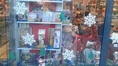 #librariileclb #santa #craciun #santa #christmasgifts Christmas Gifts, Santa, Painting, Xmas Gifts, Christmas Presents, Painting Art, Paintings, Painted Canvas, Drawings