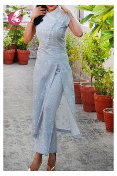 Silk Kurti Designs, Kurta Designs Women, Kurti Designs Party Wear, Designer Party Wear Dresses, Indian Fashion Dresses, Indian Gowns Dresses, Dress Indian Style, Indian Designer Outfits, Stylish Dress Designs