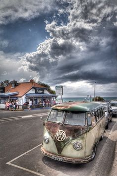 VW van - RAD picture @Michele Morales Niehaus Thomas @Jamie Wise Zink thought you two would appreciate this!