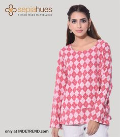 #india #kitsch #bird #clothes #indetrend #sepiahueshot #abudabi #pink #white Shop ladies out fits online @ INDETREND.com